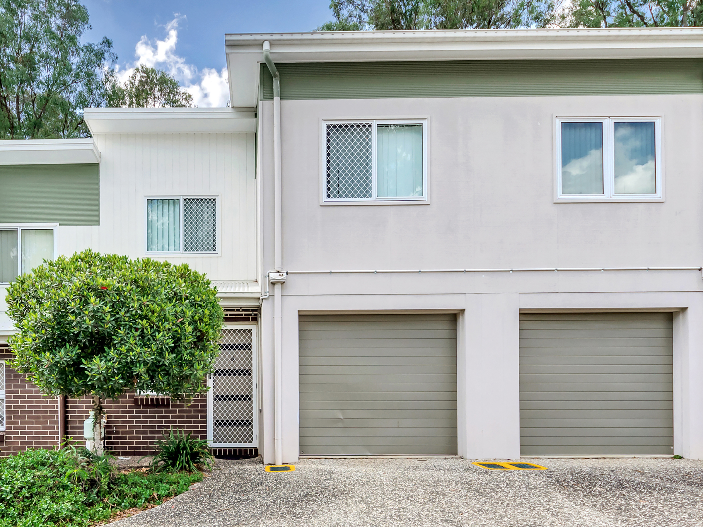 UNDER CONTRACT – GREAT OPPORTUNITY