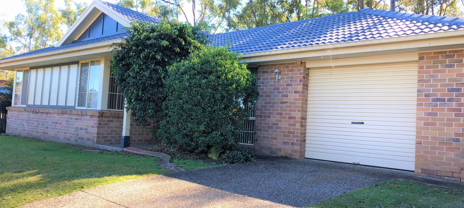 LOVELY LOW SET HOME IN PETRIE